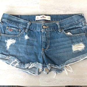 Hollister Distressed Blue Jean Shorts Sz 30